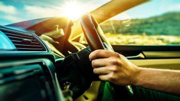 Những kinh nghiệm lái và chăm sóc xe hữu ích trong mùa hè.