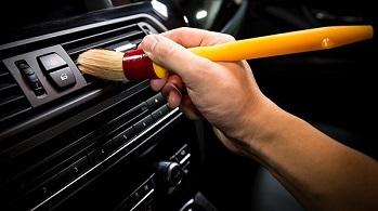 Mách bạn cách bảo quản xe ô tô khi không sử dụng trong mùa dịch Covid-19.